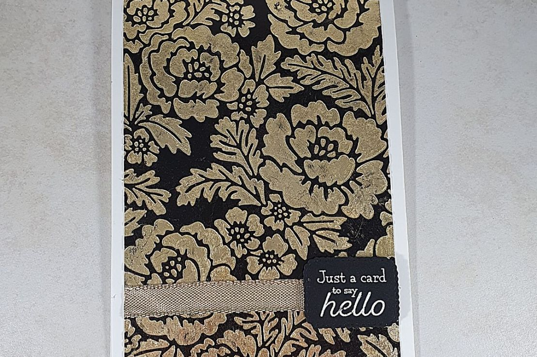 Gilded Background with Pretty Flowers EmbossingFolder
