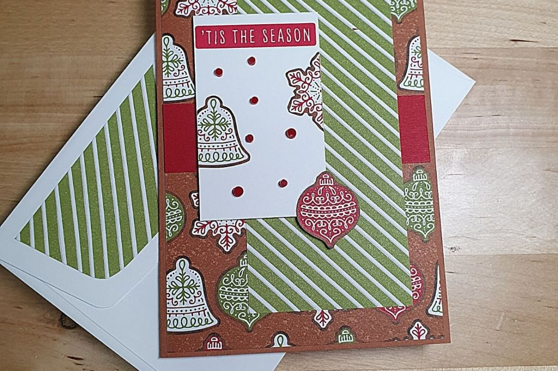 Showcasing patterned papers forChristmas